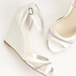 Touch of Nina Ankle Strap Wedge Vandi Sandals